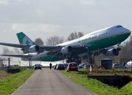 img_7577_plane-crash-compilation-3